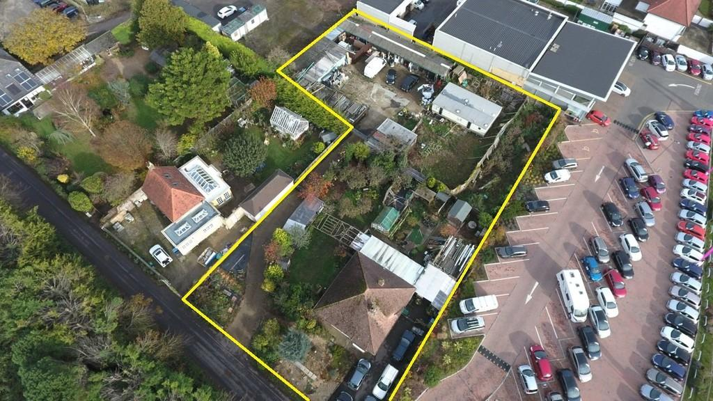 3 Bedrooms Detached Bungalow for sale in Hillview, Hangleton Lane, Ferring BN12 6PP