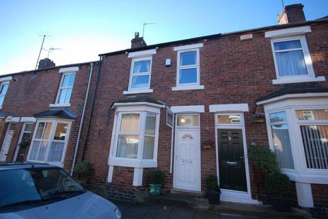 4 bedroom terraced house to rent - Mistletoe Street, Durham City