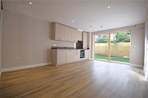 Studio to rent - Greengates Court, 149 Histon Road, Cambridge, CB4