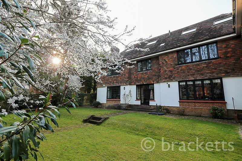 2 Bedrooms Apartment Flat for sale in Warwick Park, Tunbridge Wells