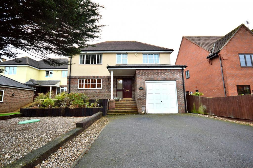 5 Bedrooms Detached House for sale in Franklin Road, North Fambridge, Chelmsford, Essex, CM3