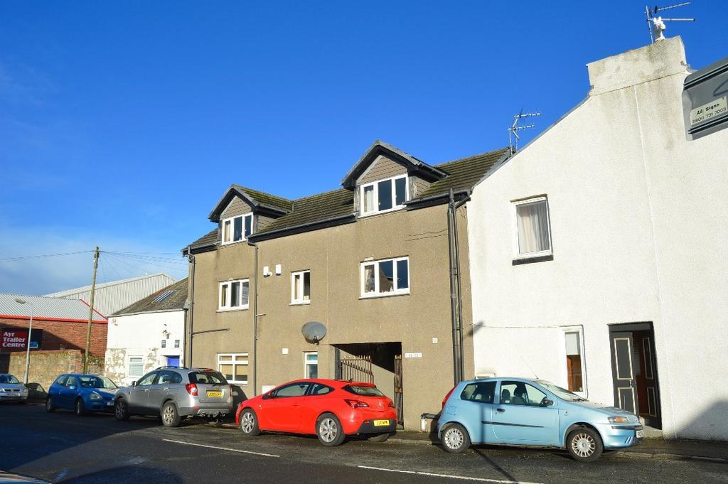 2 Bedrooms Maisonette Flat for sale in Crown Street, Ayr, Ayrshire, KA8 8AG