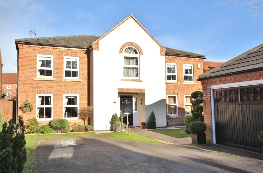 5 Bedrooms Detached House for sale in Lothian Way, Greylees, NG34