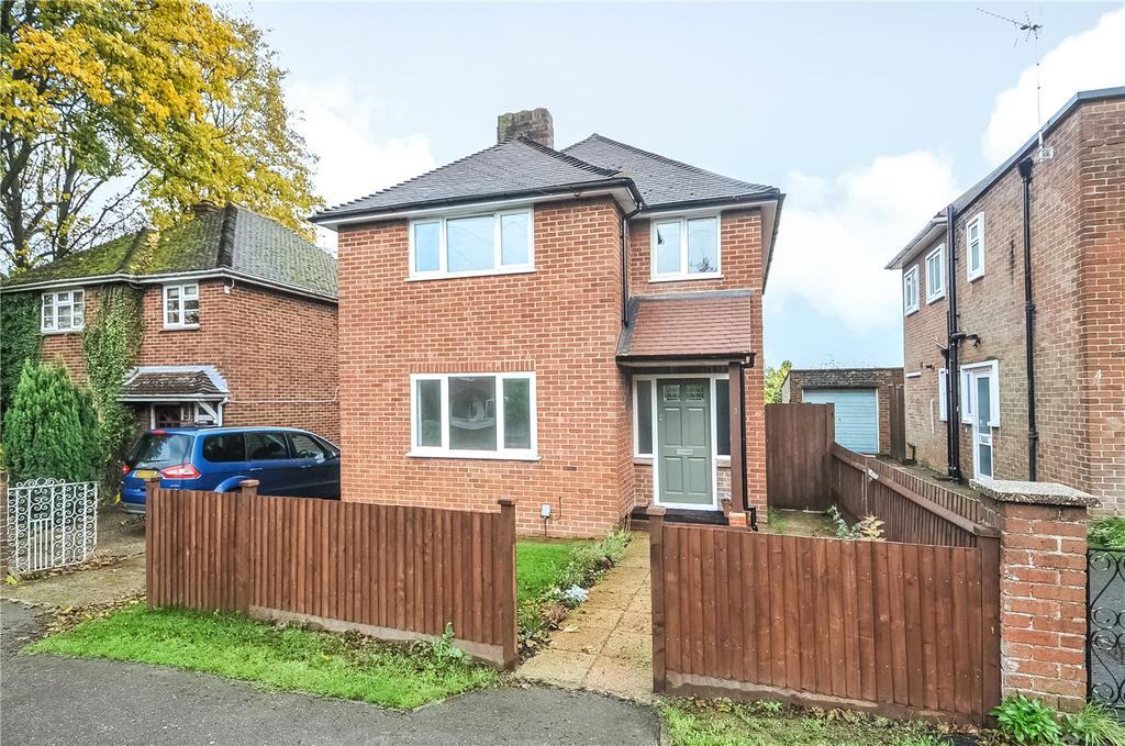3 Bedrooms Detached House for sale in Downsland Road, Basingstoke, RG21