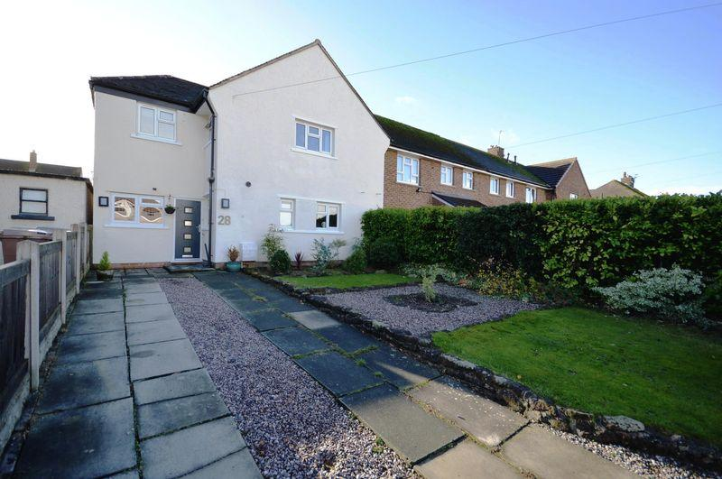 4 Bedrooms End Of Terrace House for sale in Larton Road, Newton