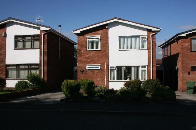 3 Bedrooms Detached House for sale in Ashton Avenue Rainhill, Prescot