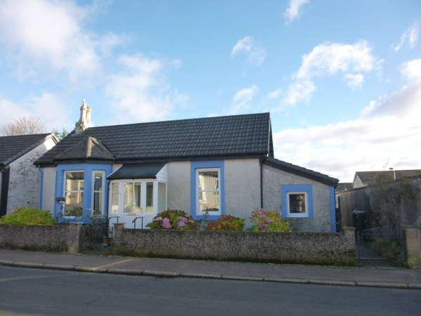 1 Bedroom Detached Bungalow for sale in Crichton Cottage, 32 King Street, Dunoon, PA23 7PF