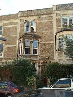 4 bedroom property to rent - 8 Normanton Road, Clifton, BS8 2TY