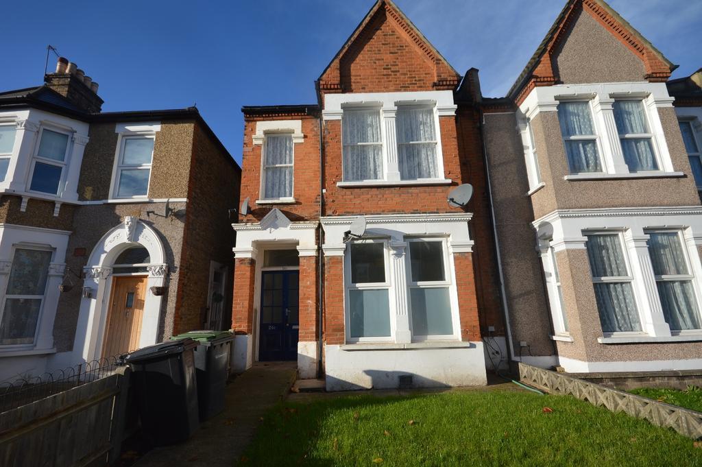 1 Bedroom Flat for sale in Minard Road London SE6