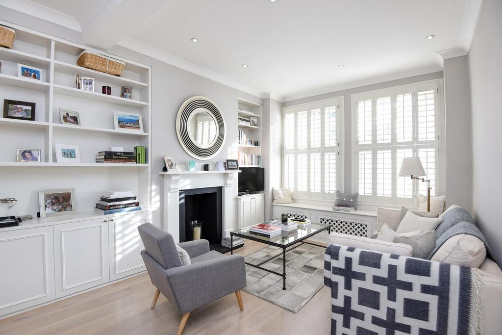 2 Bedrooms Flat for sale in Rosebury Road, Fulham, SW6