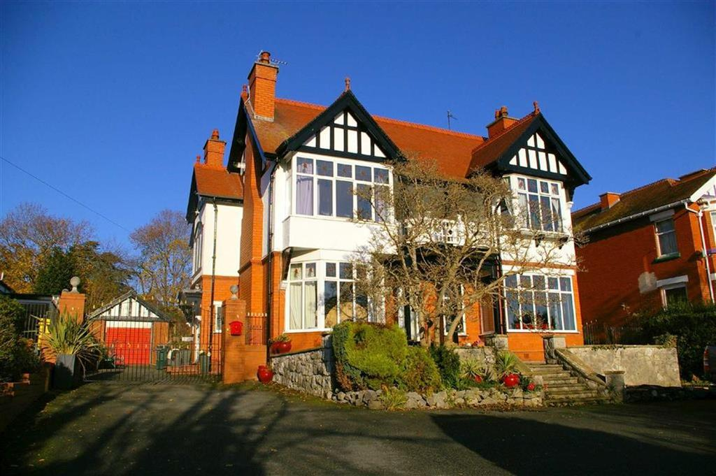 5 Bedrooms Detached House for sale in Llannerch Road West, Rhos On Sea, Colwyn Bay