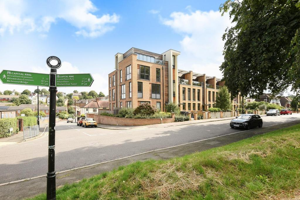 1 Bedroom Flat for sale in St Margarets, Chevening Road, Crystal Palace