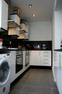 10 bedroom house share to rent - Miskin Street, Cathays, Cardiff