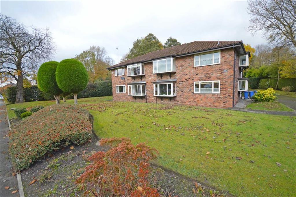 2 Bedrooms Flat for sale in Balmoral Drive, High Lane, Cheshire
