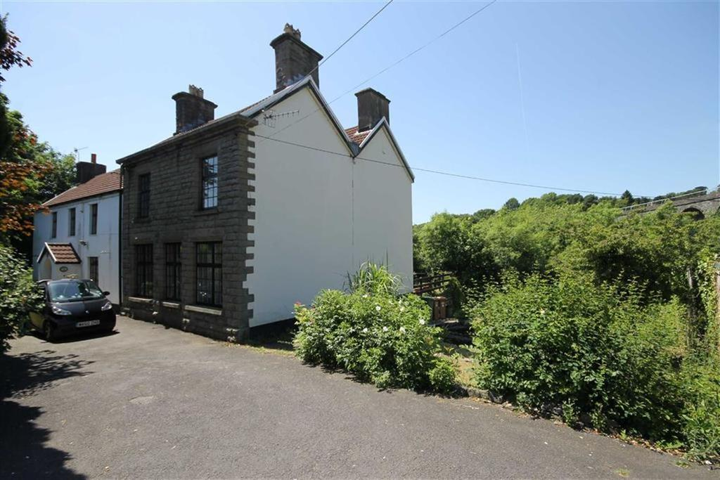 5 Bedrooms Cottage House for sale in Thomas Street, Maesycwmmer, CF82