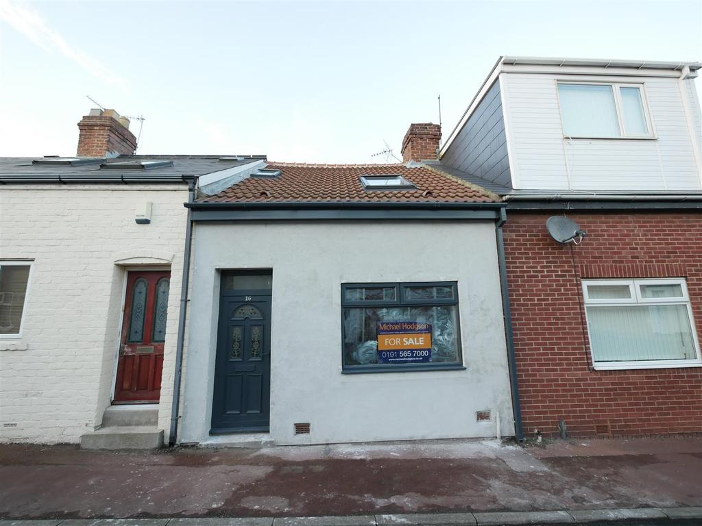 2 Bedrooms Cottage House for sale in Sea View Street, Sunderland