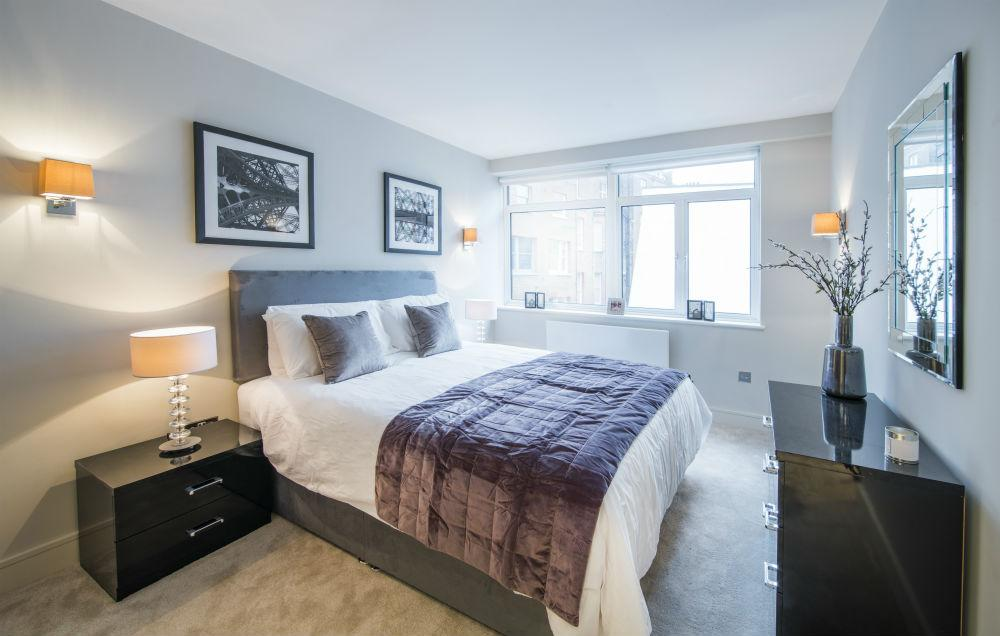 3 Bedrooms Apartment Flat for sale in Bristol House, Lower Sloane Street, London SW1W