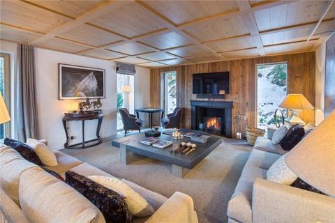 5 bedroom detached house  - Ski In Ski Out Chalet, Courchevel 1850, French Alps