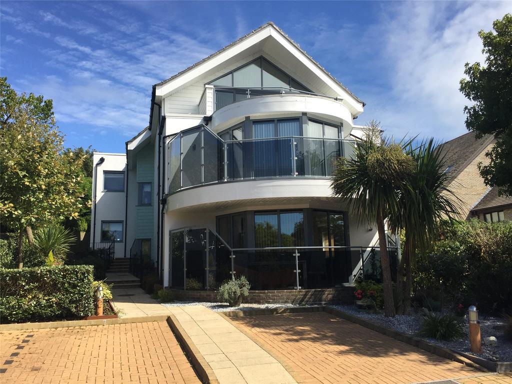 2 Bedrooms Apartment Flat for sale in 12 Preston Road, Preston, Dorset