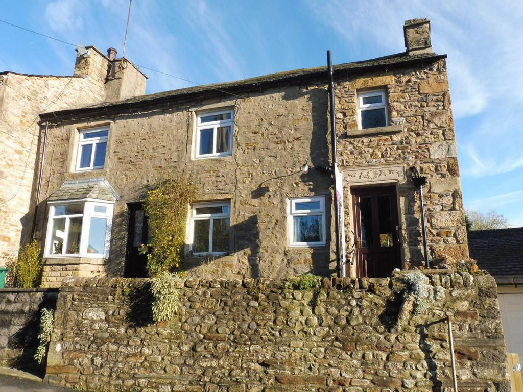 3 Bedrooms Cottage House for sale in Mount Cottage, Burton In Lonsdale