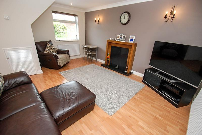 2 Bedrooms Terraced House for sale in Waverdale Way, South Shields