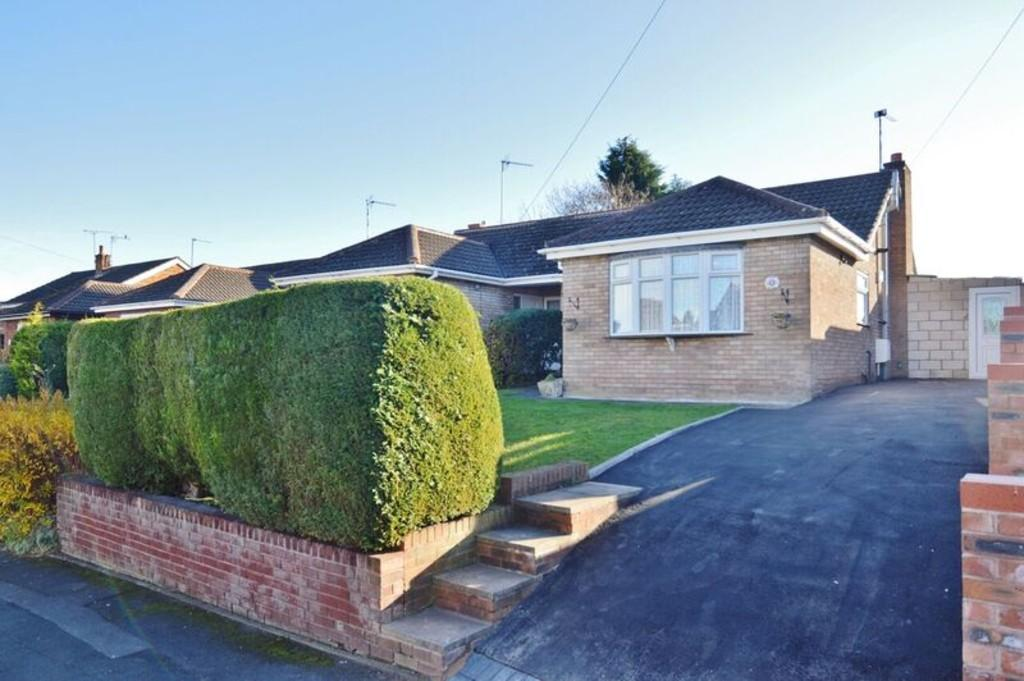 2 Bedrooms Semi Detached Bungalow for sale in Lees Close, Brereton