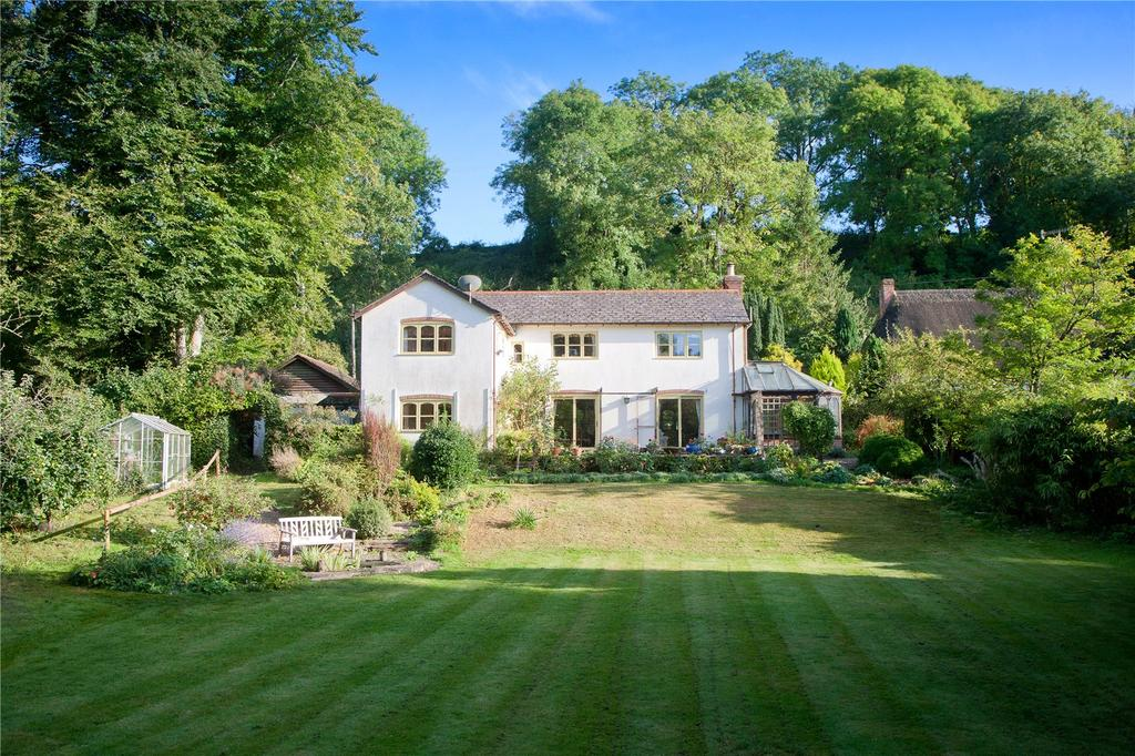 4 Bedrooms Detached House for sale in South Street, Broad Chalke, Salisbury