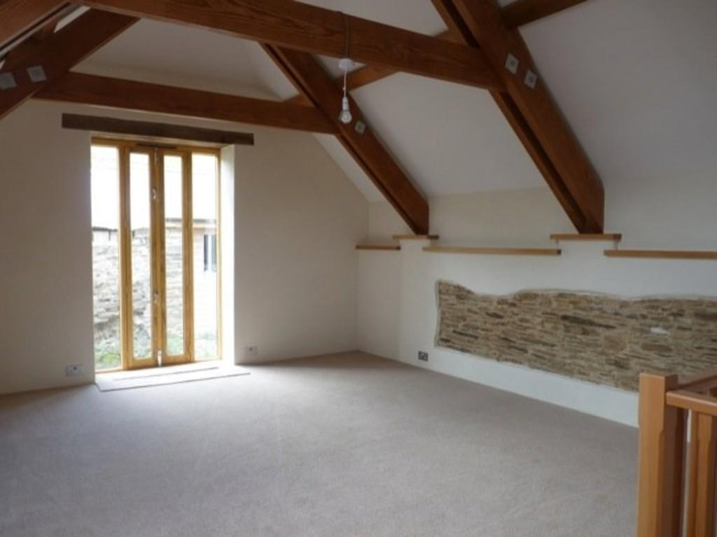 2 Bedrooms Barn Conversion Character Property
