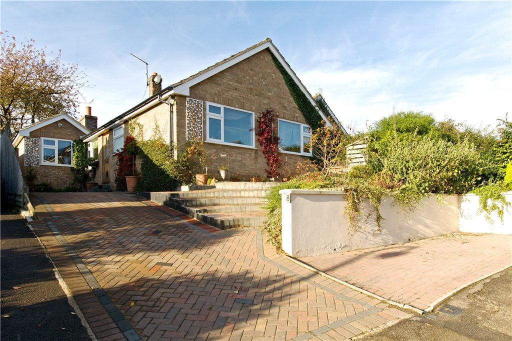 4 Bedrooms Detached Bungalow for sale in Scott Close, Ravensthorpe, Northampton, Northamptonshire