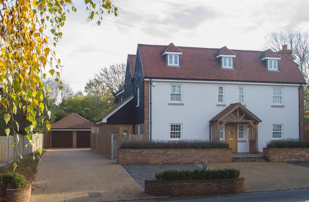 4 Bedrooms Detached House for sale in Upper Street, Leeds, Maidstone