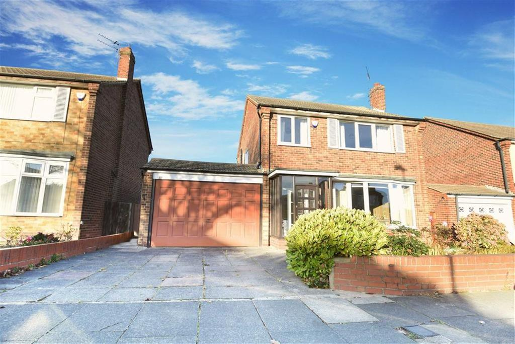 3 Bedrooms Detached House for sale in Saxon Drive, Tynemouth, Tyne And Wear
