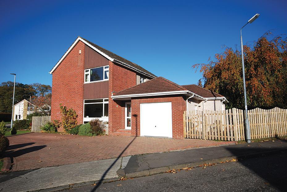 4 Bedrooms Detached Villa House for sale in 64 Kilnford Drive, Dundonald, KA2 9ET