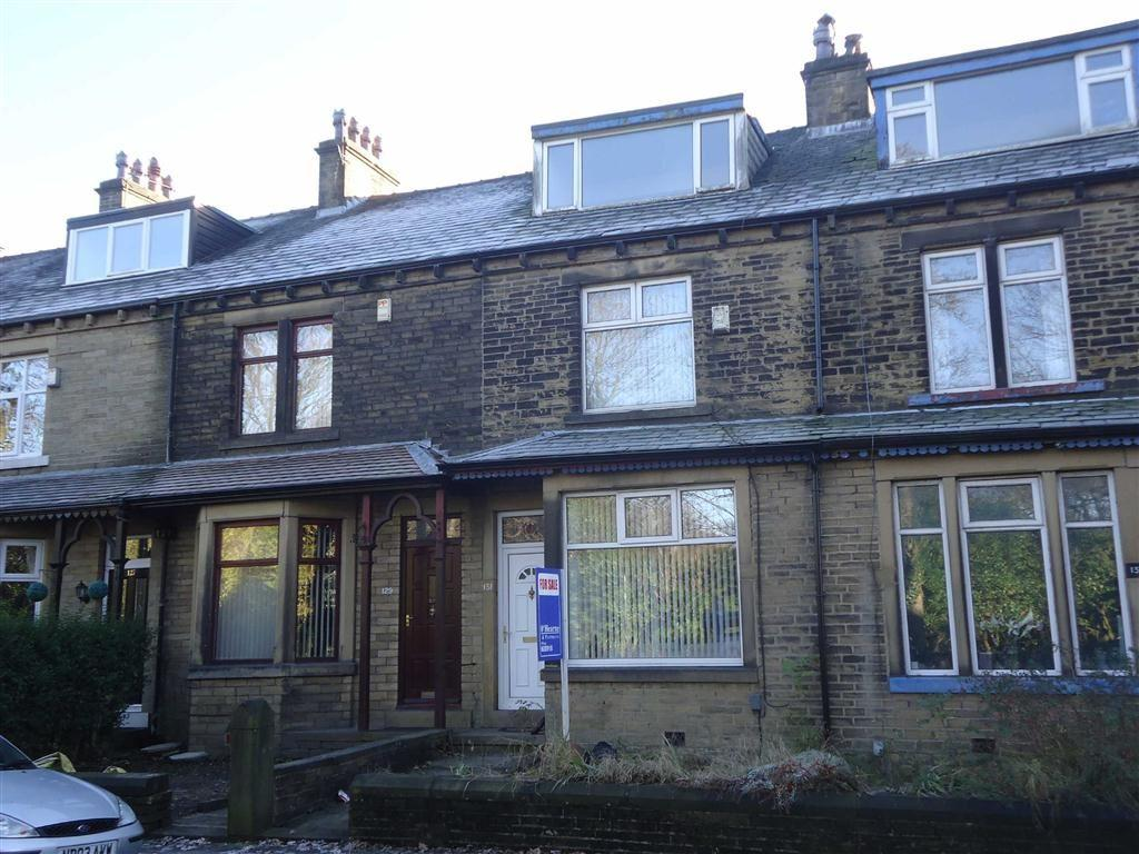 3 Bedrooms Terraced House for sale in Wibsey Park Avenue, Bradford, West Yorkshire, BD6