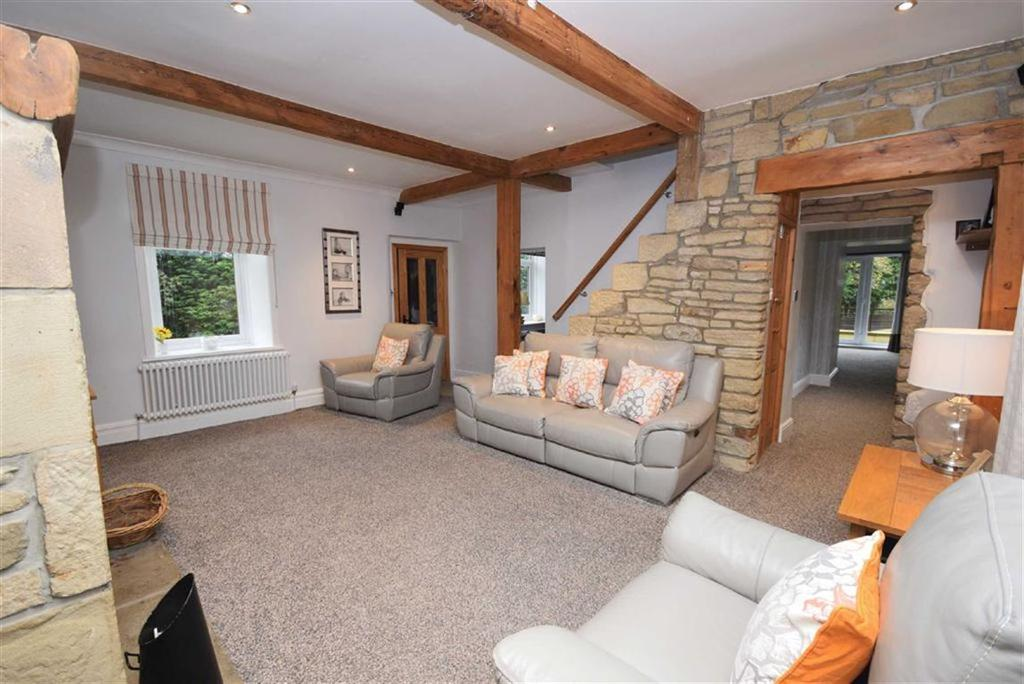 4 Bedrooms Farm House Character Property for sale in Coal Pit Lane, Colne, Lancashire