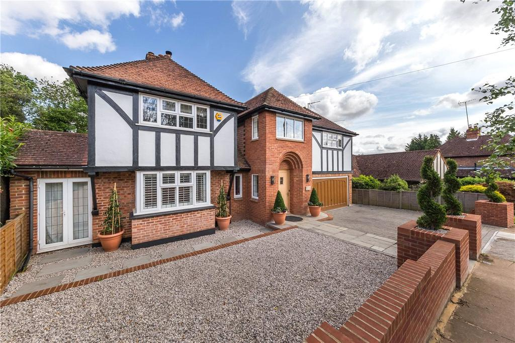 5 Bedrooms Detached House for sale in Moreton End Lane, Harpenden, Hertfordshire