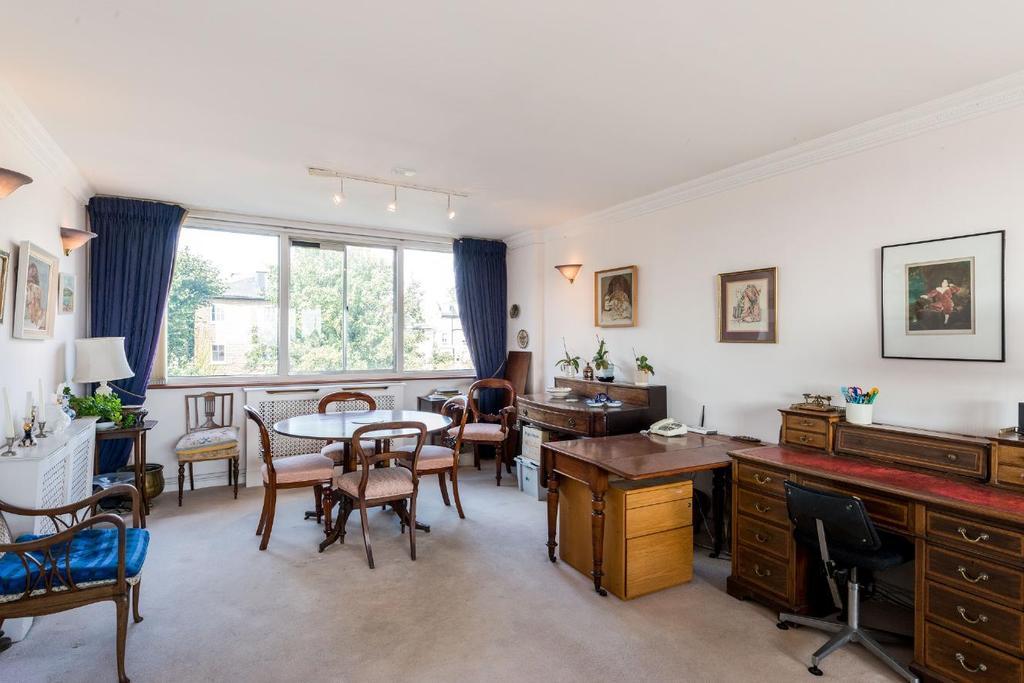 2 Bedrooms Flat for sale in Eton Road, Belsize Park, NW3