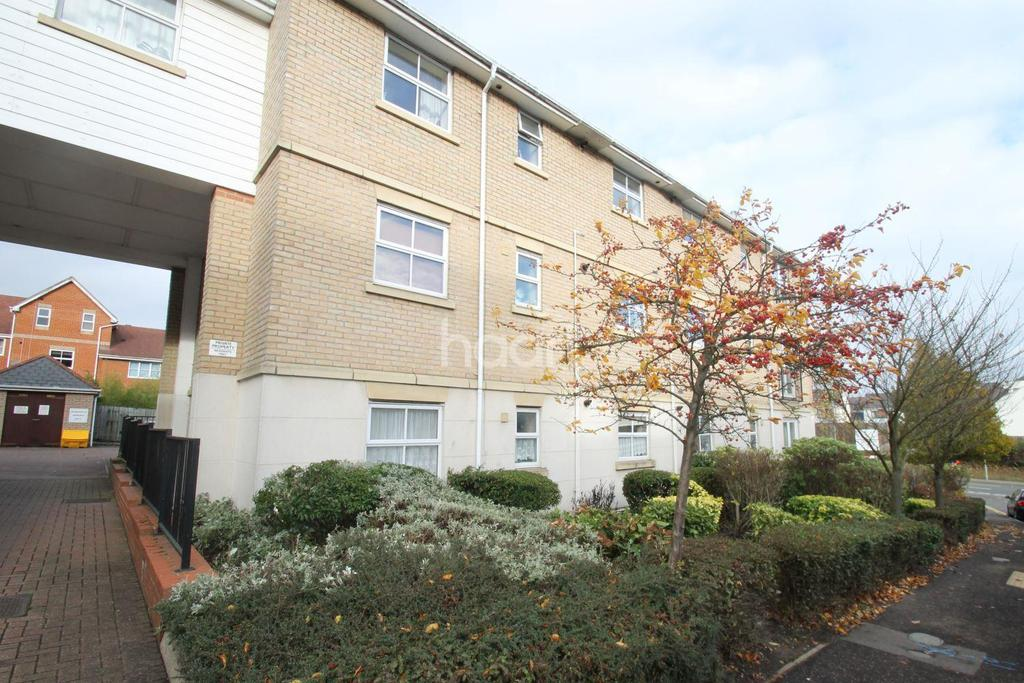 3 Bedrooms Flat for sale in Wallace Road