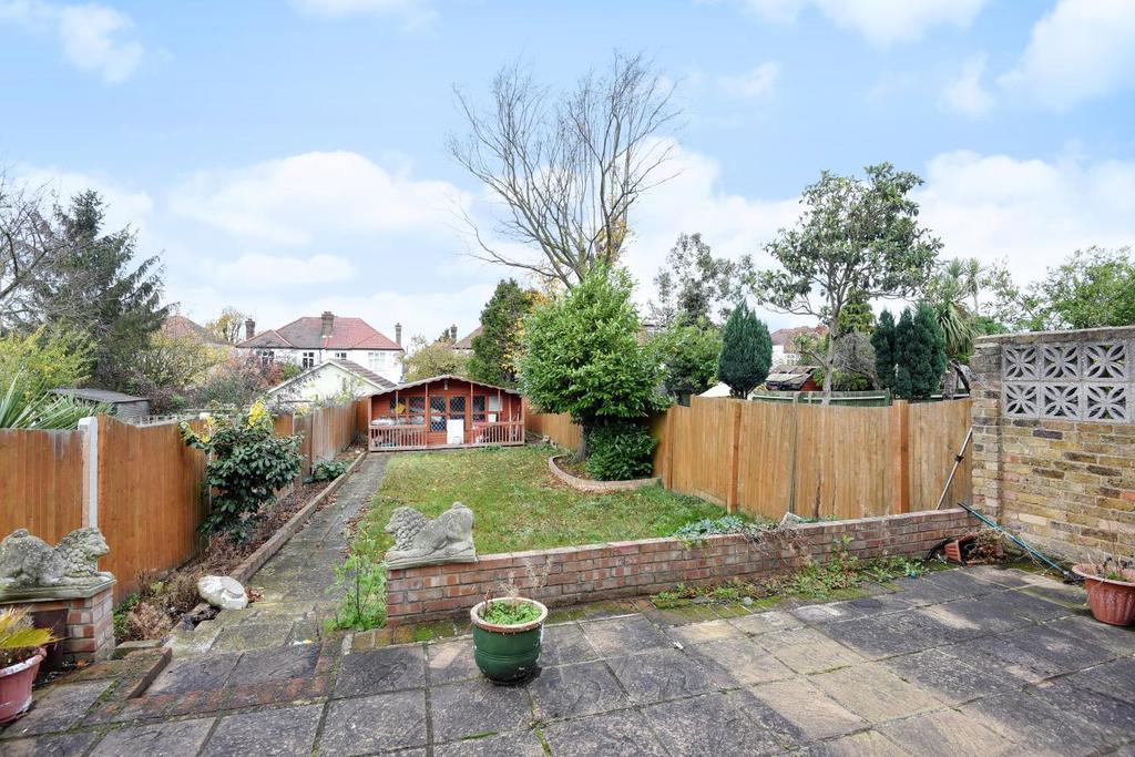 4 Bedrooms Semi Detached House for sale in Bellingham Road, Catford, SE6