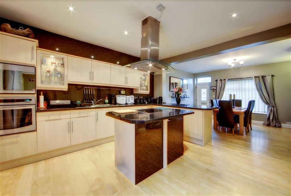 3 Bedrooms Terraced House for sale in East Street, Chopwell, Newcastle Upon Tyne, NE17