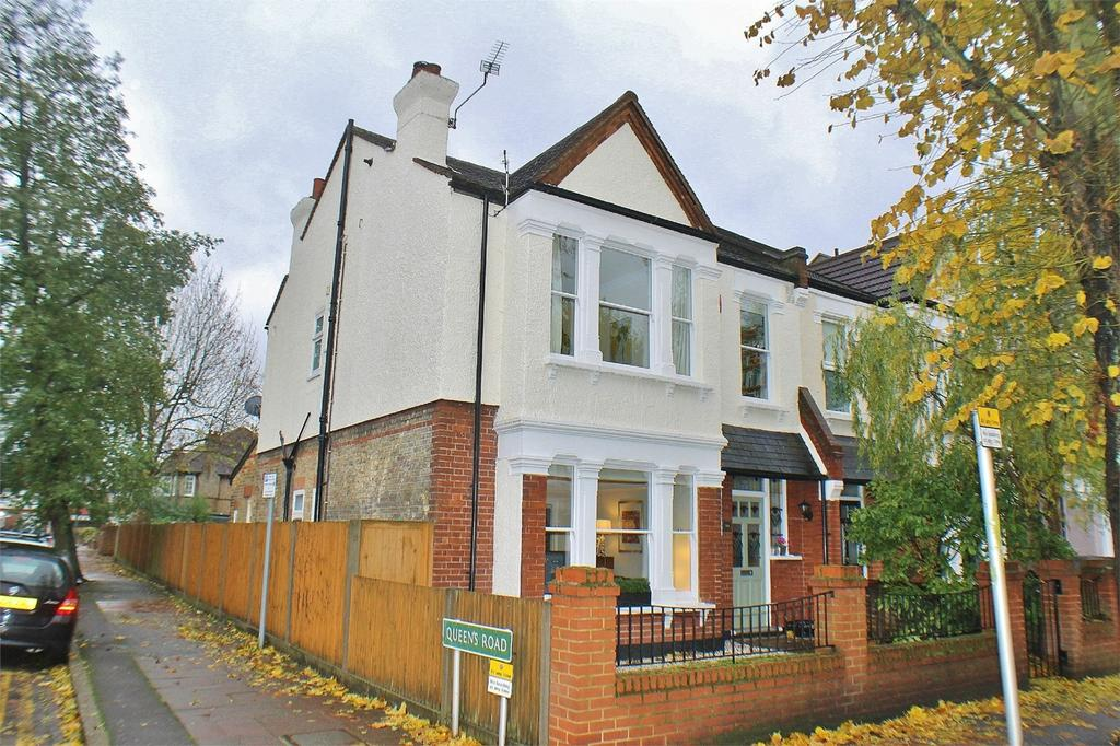 4 Bedrooms Semi Detached House for sale in Clock House Road, Beckenham