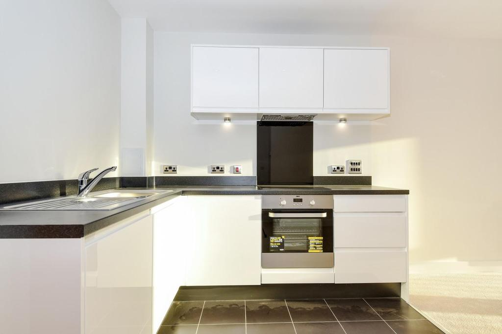 2 Bedrooms Flat for sale in Fisher Close, Rotherhithe, SE16