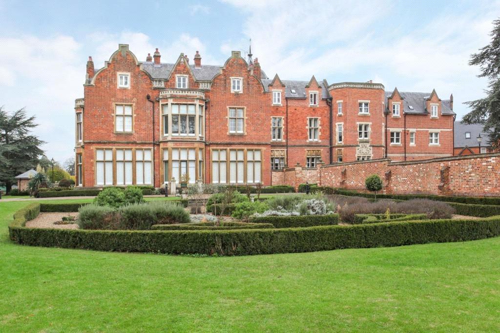 3 Bedrooms Unique Property for sale in Meryton House, Longbourn, Windsor, Berkshire, SL4