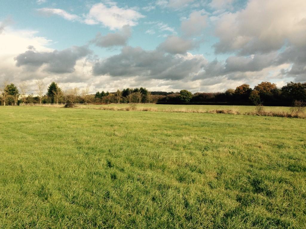 Land Commercial for sale in Murcott Road, Upper Arncott