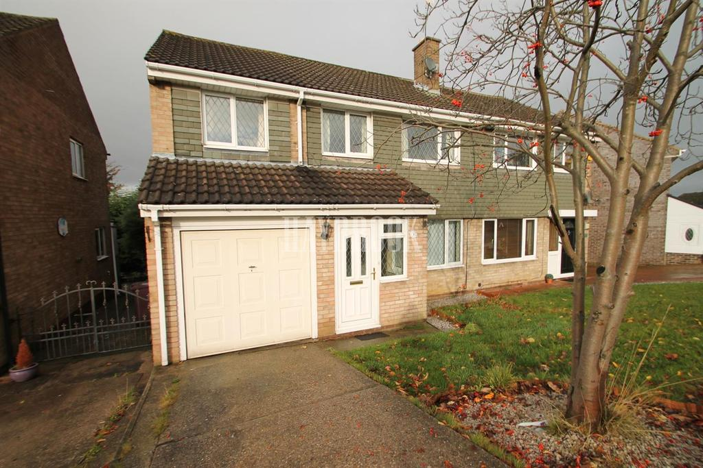 4 Bedrooms Semi Detached House for sale in Rowan Tree Road, Killamarsh