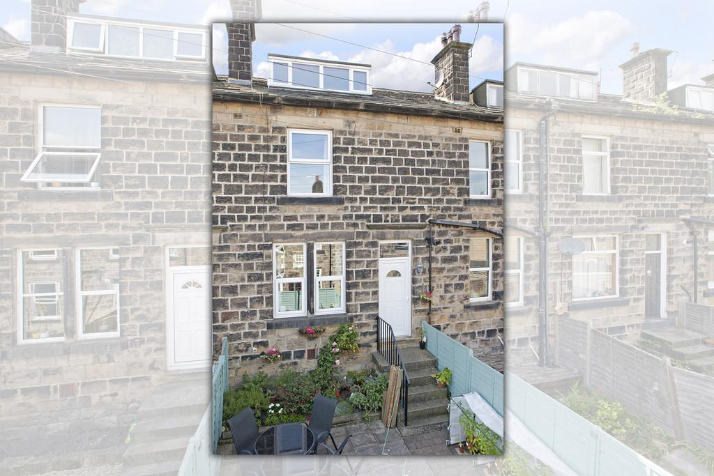 3 Bedrooms Terraced House for sale in Spring Bank Terrace, Guiseley