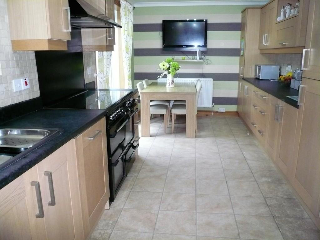 3 Bedrooms Semi Detached House for sale in Milburn Croft, Seaton