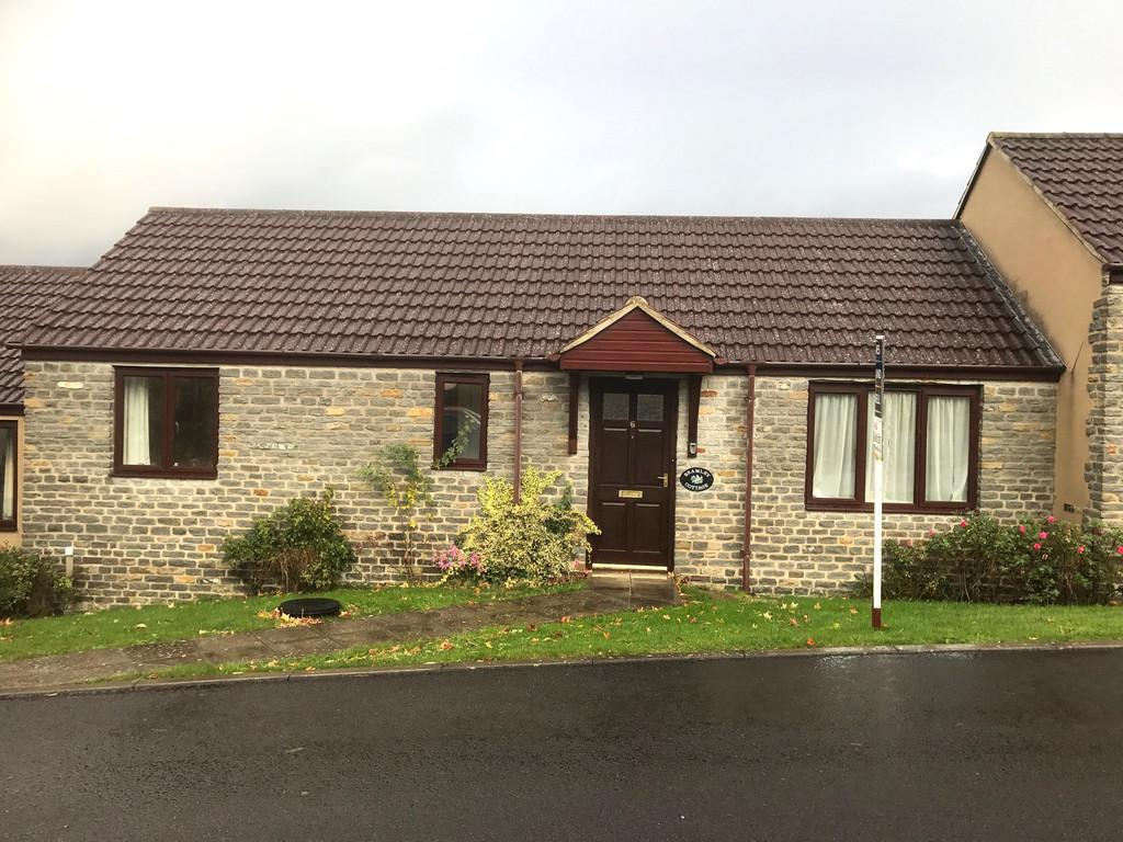 1 Bedroom Terraced Bungalow for sale in Parkfields Orchard