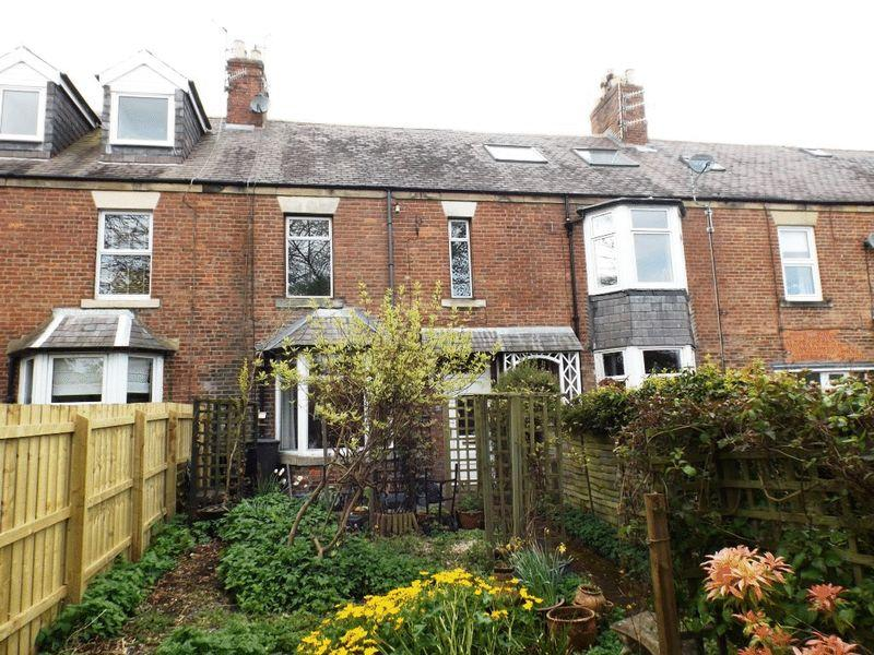 3 Bedrooms Terraced House for sale in South Terrace, Morpeth