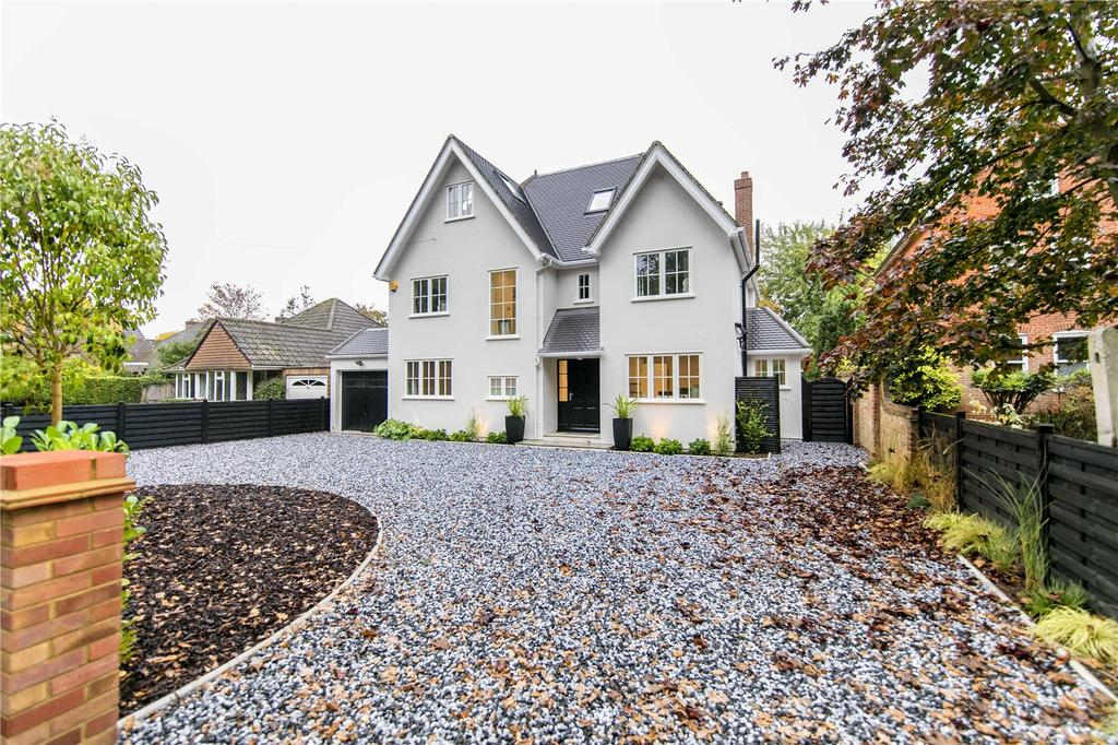 5 Bedrooms Detached House for sale in Westcar Lane, Hersham, Walton-on-Thames, Surrey, KT12