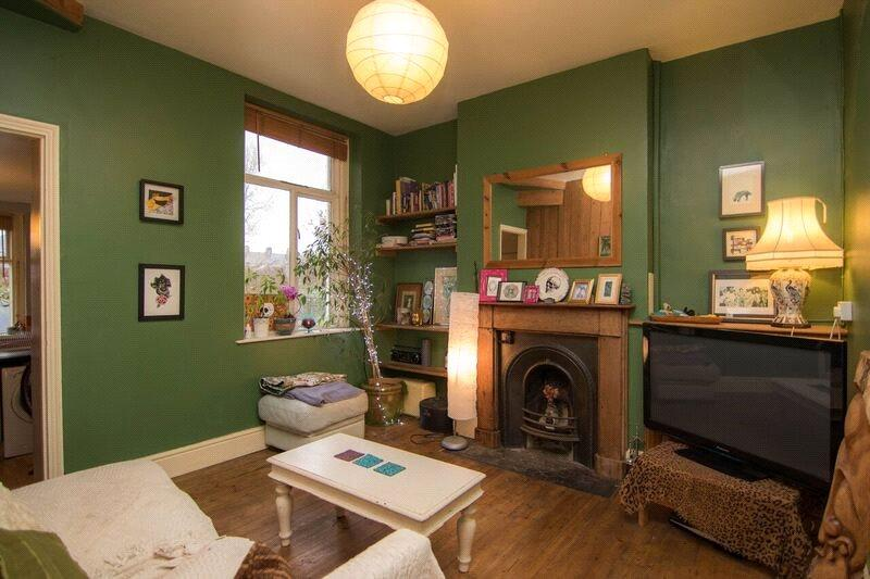 2 Bedrooms Terraced House for sale in Railway Street, Splott, Cardiff, CF24
